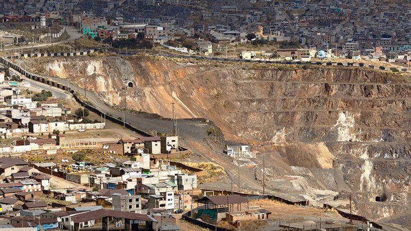 Entre elecciones y protestas: Riesgo politico en Perú en el 2021